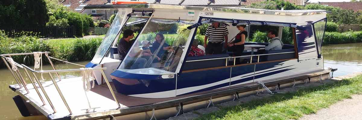 Solar (Assisted) Electric Boat